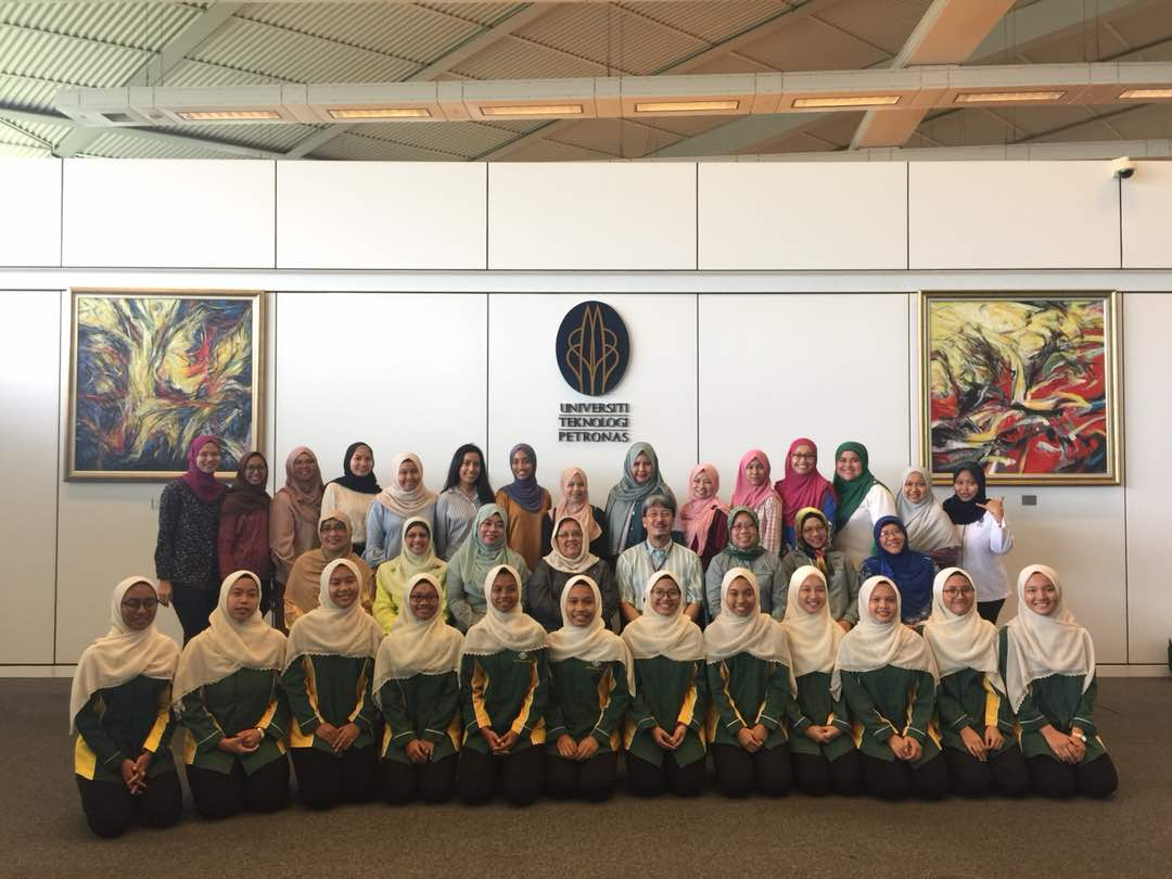 Program Adik Angkat 2018 & Academia Adventure – UTP, 21 April 2018 with Projek Khas Girls